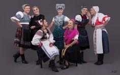 Ženská spevácka a tanečná skupina Kamarátky z Martina/ Women singer and dance group from Martin in traditional slovak folk costume from: Pliešovce, Čajkov, Polomka,Dobrá Niva, Kyjov and Turiec area.