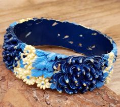 Vintage Celluloid Bangle Navy Blue Cream Flowers 50s Retro Jewelry Bracelet