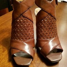 """Franco Sarto Open Back Shoes Great for Fall ! I never know how to classify these?  Guess if you mixed up a shoe & shooty & bootie = Sha-sha-Bootie? Who knows I guess Lol But what I do know is they are great EUC only worn a couple times 4"""" heel Ankle strap with buckle Great Spring Sumner & Fall !! Franco Sarto Shoes Heels"""
