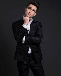 This Beautiful Black Cotton & Lurex Floral Suit is one of my favorites! I loved these tall collar shirts we did for Brendon @brendonurie - Special Thank You to my awesome friend Rob @bovarjewelry who custom made the Cross cuff links and Ring. Grooming @jkaikala - Photographer @gregorykeithmetcalf #brendonurie #mensfashion