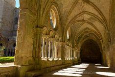 El claustro de la abadía de Frontfoide que visitamos acompañados de una tablet