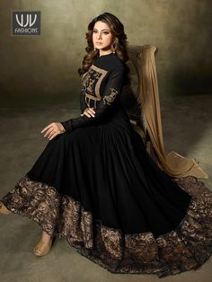 Look stylish with Jennifer Winget Black Georgette Designer Anarkali Suit and with a wide range of silk, cotton, satin, linen anarkali punjabi salwar suits Pakistani Dresses Casual, Indian Gowns Dresses, Flapper Dresses, Jennifer Winget, Designer Anarkali Dresses, Designer Dresses, Indian Attire, Indian Outfits, Stylish Dresses