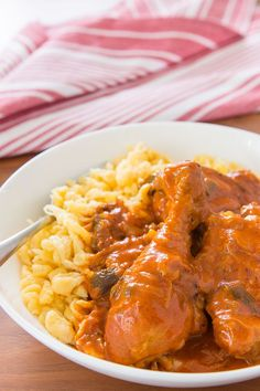 With just a handful of ingredients, Chicken Paprikash, or Paprika Chicken is a simple delicious Hungarian stew. Hungarian Paprika Chicken, Hungarian Chicken Paprikash, Hungarian Recipes, Hungarian Food, Croatian Recipes, Budapest, Goulash, Carne, Chicken Recipes