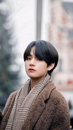 Taehyung is my Husband Bts Taehyung, Bts Bangtan Boy, K Pop, Foto Bts, Taekook, Bts Stage, V Bts Cute, Vkook Memes, V Bts Wallpaper