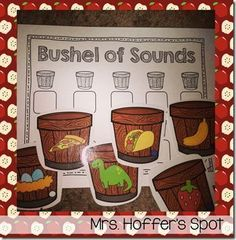 Working on beginning sounds, students will identify the picture and the beginning sound, then write it on their response sheet.