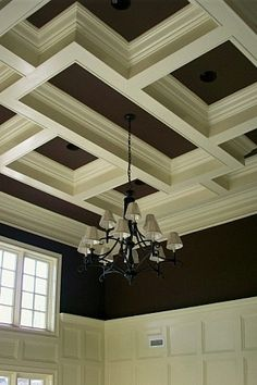 Traditional Family Room Wainscoting Design, Pictures, Remodel, Decor and Ideas - page 2 Ceiling Decor, Ceiling Beams, Coffered Ceilings, Ceiling Trim, Tall Ceilings, Traditional Family Rooms, Plafond Design, Moldings And Trim, Moulding