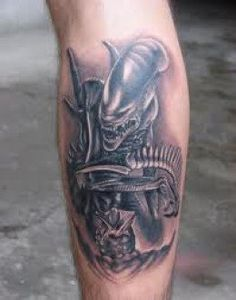 One unique tattoo that you may find interest in is the alien tattoo. Although it is not considered a main stream tattoo, there is a popularity for alien tattoos. Many alien tattoos are based on the general perspective that humans have for aliens. Best 3d Tattoos, Dream Tattoos, Best Tattoo Designs, Tattoo Designs For Women, Cool Tattoos, Tatoos, Alien Tattoo, Leg Sleeve Tattoo, Back Tattoo