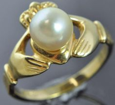 Sterling Silver Yellow Gold Vermeil Pearl Irish Claddagh Celtic Heart Band Ring