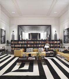Decoração de: Biblioteca; tapete gráfico preto ebranco; Casa de Valentina