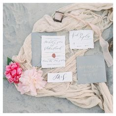 Have you been on the blog lately? There's some super gorgeous new posts up featuring some beautiful beachiness and impeccable styling by @parrischicboutique! #laurenfairphotography