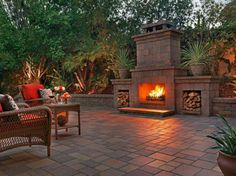 Small backyard fireplace outdoor ideas with stone Outdoor Fireplace Brick, Natural Gas Fireplace, Outside Fireplace, Outdoor Fireplace Designs, Backyard Fireplace, Outdoor Fireplaces, Fireplace Ideas, Gas Fireplaces, Fireplace Makeovers
