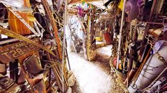 (10. 1. 2016) Cathedral of Junk (360 Video)  Have you ever seen a Cathedral of Junk?  (쓰레기로 만들어진 예술작품을 본 적 있나요?)  Watch on WAVRP ▶ http://wavrp.com/awesome ◀  #wavrp360 #wavrp #vr #virtualreality #360video #curation #워프360 #워프 #영상 #360영상 #큐레이션, #Cathedral, #junk, #trash, #art, #Texas, #Austin, #대성당, #쓰레기,#예술, #텍사스, #어스틴