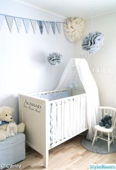 I love the fabric draped over the top. Our crib is right next to a window so I think I'll do the same in baby Vaclavicek's nursery