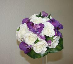 Brautstrauss Rosenkugel mit Orchideen