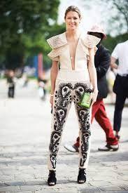 Street Chic: Paris Couture Week - Street Chic Looks Love Fashion, Winter Fashion, Fashion Outfits, Fashion Trends, Street Chic, Paris Street, Couture Week, Street Style Looks, Fashion Pictures