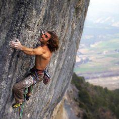"www.boulderingonline.pl Rock climbing and bouldering pictures and news ""SSSSSSSSAAAHH!"" Chr"