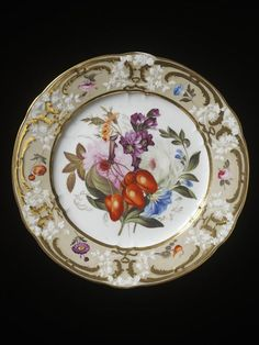 Plate made by Coalport Porcelain Factory, ca. 1810-20 / Porcelain painted in enamels and gilt