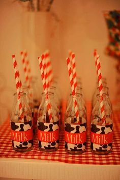Farm, Barnyard Birthday Party Ideas | Photo 1 of 30 | Catch My Party