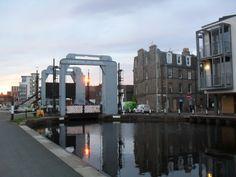 Lemington lift bridge, Edinburgh, Union canal. My Town, Marina Bay Sands, Edinburgh, Bridge, Building, Travel, Viajes, Buildings, Bro