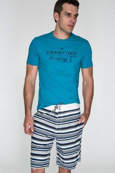 T-shirt azul cobalto e bermuda relax listrada de algodão com amarração na cintura. Linha Resort, ideal para suas férias, na praia ou no clube.