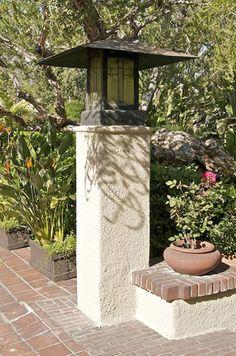 Exterior lantern, Freeman A. Ford house, Pasadena, 1906-08.