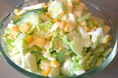 """Добавляя в свое меню салат по-румынски вы всегда будете чувствовать себя великолепно. Салат содержит множество необходимых витаминов которые так нужны для здоровья человека. Ингредиенты : Капуста белокочанная - 100 г Яблоко - 1 шт Сметана нежирная - 0,5 стак Морковь - 1 шт Кукуруза консерв -150 г Лук зеленый - 3 перышка Соль, сахар, лимонный ...читать далее """"Салат по-румынски"""""""