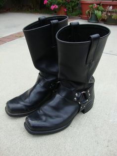 [IMG] Frye Harness Boots, Men Boots, Engineers, Tall Boots, Cowboy Boots, Pairs, Shoes, Style, Fashion