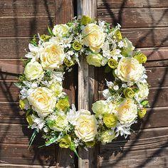 Hydrangea / Maxi veniec s ružami (XXL) Hydrangea, Floral Wreath, Wreaths, Home Decor, Decoration Home, Room Decor, Hydrangea Macrophylla, Bouquet, Hydrangeas