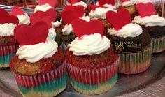 Cupcakes  Muy de moda en las mesas de chuches!!! Estos son de caramelo.