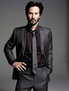My good friend Pamela summed up his handsome looks but empty expression aptly with Keanu Reeves. Since he's made a career of unknownable male beauty, it seemed to fit rather snugly, especially after finding this pic. Keanu Reeves John Wick, Keanu Charles Reeves, Keanu Reeves Beard, Outfits Casual, Mode Outfits, Keanu Reeves Quotes, Keanu Reaves, Culture Pop, My Sun And Stars