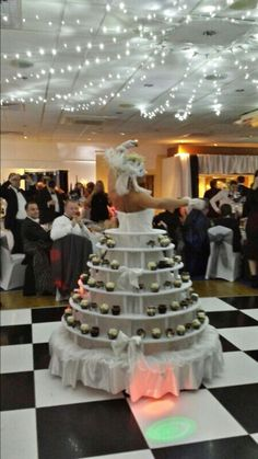 Strolling cupcake table from Julia Charles event management. Human Tree, Cupcake Table, Catering Services, Wedding Entertainment, Event Management, Event Venues, Corporate Events, Event Planning, Make It Simple