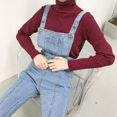 Buy Color7 Wide-Leg Cropped Jumper Jeans at YesStyle.com! Quality products at remarkable prices. FREE WORLDWIDE SHIPPING on orders over US$35.