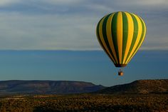 Google Image Result for http://www.photographyblogger.net/wp-content/uploads/2010/04/hot-air-balloon-3.jpg
