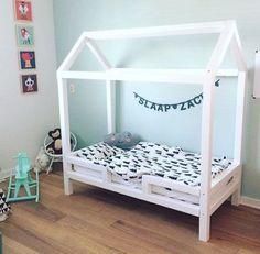 DIY: Zelf een houten bedhuisje / speelhuisje maken - Mamaliefde.nl