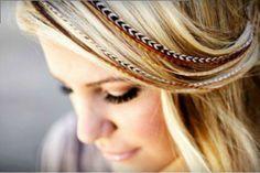 Extensiones de plumas para el pelo: http://www.pelushop.com/productos-de-peluqueria-online-baratos/extensiones-de-plumas.html