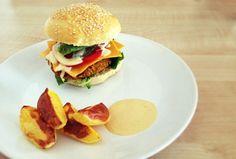 Domácí housky a veggie burger #konzumna #veggieburger