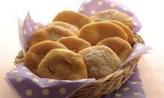 Receta de Tortas Fritas Criollas -Asopaipas -Fritillas -Sopaipillas: Las Tortas Fritas son una tradición bien Argentina para acompañar el mate. Esta tradición está muy extendida también en algun...