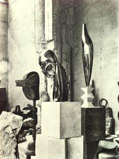 Studio, M.lle Pogany II and l'Oiseau d'Or, 1920
