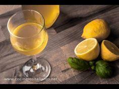 Como hacer Limoncello Italiano - Licor de limones casero - Receta de Cocineros Italianos - YouTube