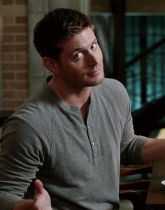 Jensen Ackles as Dean Winchester Jensen Ackles Supernatural, Supernatural Series, Winchester Supernatural, Sam And Dean Winchester, Winchester Brothers, Supernatural Fandom, Supernatural Seasons, Jared And Jensen, Prince