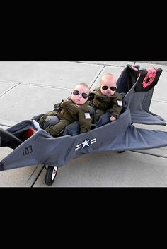Top Gun  twins, in their own plane for Halloween. _ADORABLE