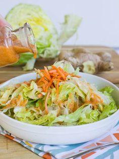 Ginger Salad Dressing just like your favorite Japanese Steakhouse – salad-recipes. Ginger Salad Dressings, Salad Dressing Recipes, Japanese Steakhouse, Asian Recipes, Healthy Recipes, Rice Recipes, Easy Salads, Me Time, Soup And Salad