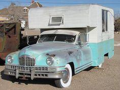 ¡Qué bonita esta autocaravana retro del año 1971 customizada sobre un vehículo del año 1948!