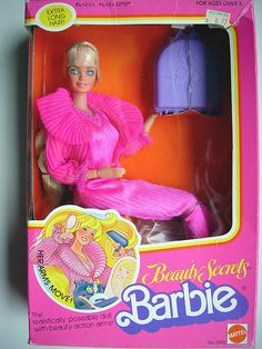 Beauty secrets Barbie I remember opening this on Christmas Eve 1979 1980s Barbie, 1980s Toys, Barbie Toys, Barbie I, Vintage Barbie Dolls, Barbie World, Barbie And Ken, My Childhood Memories, Childhood Toys