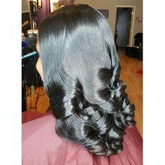 Hair so healthy it shines By @sosheargenius ❤️ #phillystylist #healthyhair…
