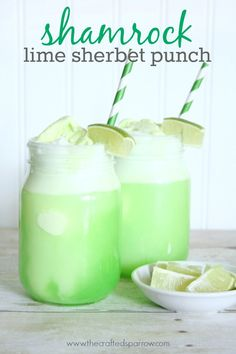 Shamrock Lime Sherbet Punch ~ This is so easy and tasty. All you need is or Sprite, Lime Kool-Aid mix, Lime sherbet and pineapple juice. Cocktails, Non Alcoholic Drinks, Fun Drinks, Yummy Drinks, Beverages, Alcoholic Punch, Lime Recipes, Punch Recipes, Yummy Recipes