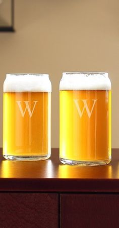 Personalized 'beer can' glasses http://rstyle.me/n/uvbtrnyg6 present for Dad