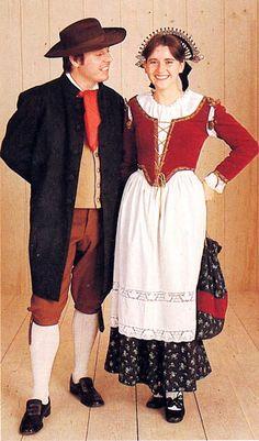 Costume of Brianza, Italy, and Mendrisiotto, Switzerland, and La Raggiera Folk Costume, Costume Dress, Traditional Fashion, Traditional Dresses, Folklore, Italian Outfits, Italian Women, Fashion History, Fashion Dresses