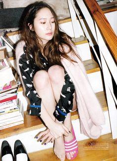 Krystal Jung f(x) - The Celebrity Magazine February Issue 2014 Krystal Fx, Jessica & Krystal, Kiko Mizuhara, Fashion Line, Look Fashion, Korea Fashion, Kpop Girl Groups, Kpop Girls, Shinee