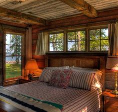 Pin By Homyfeed On Bedroom Rustic Lake Houses Bedroom Decor Home